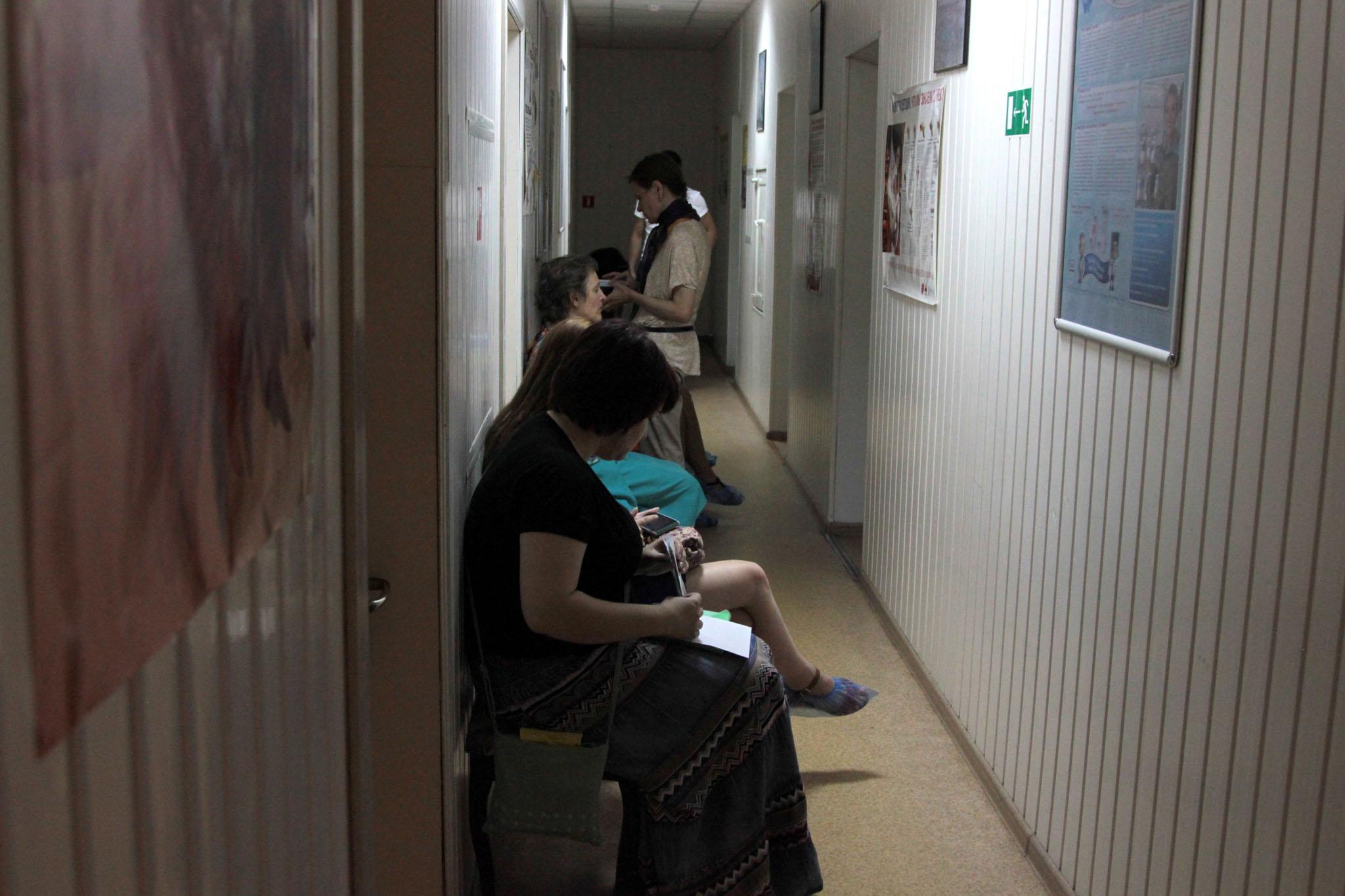 Смотреть девушек в гинекологии 8 фотография