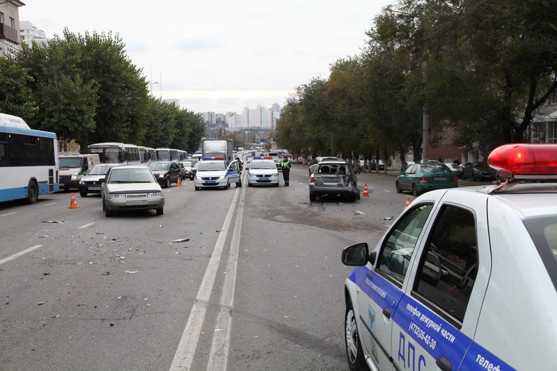 ВБелгороде произошла массовая авария сучастием автобуса иГАЗели
