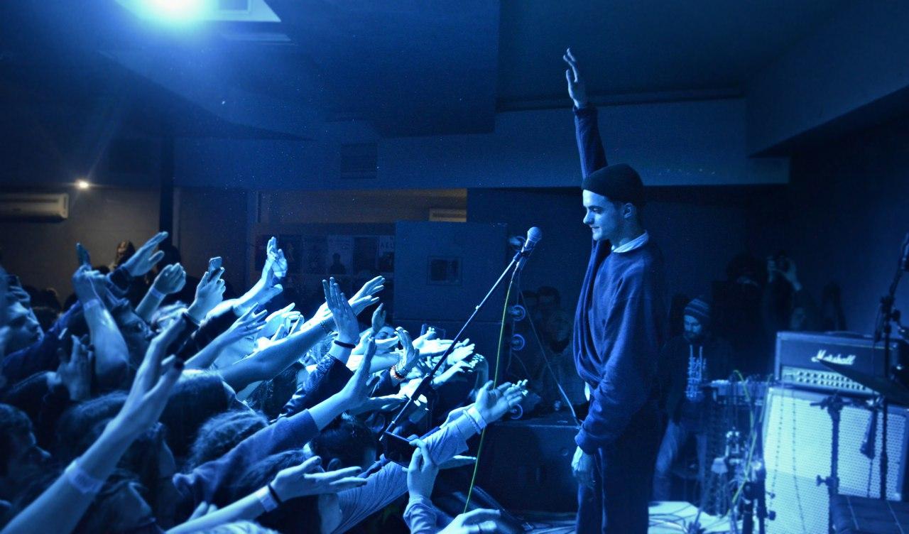 Украинских рокеров «Пошлой Молли» забраковали вБелгороде